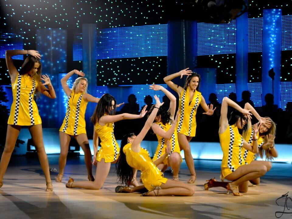 """Šokių repeticijos su """"Tina dance"""" kolektyvu+DOVANA"""