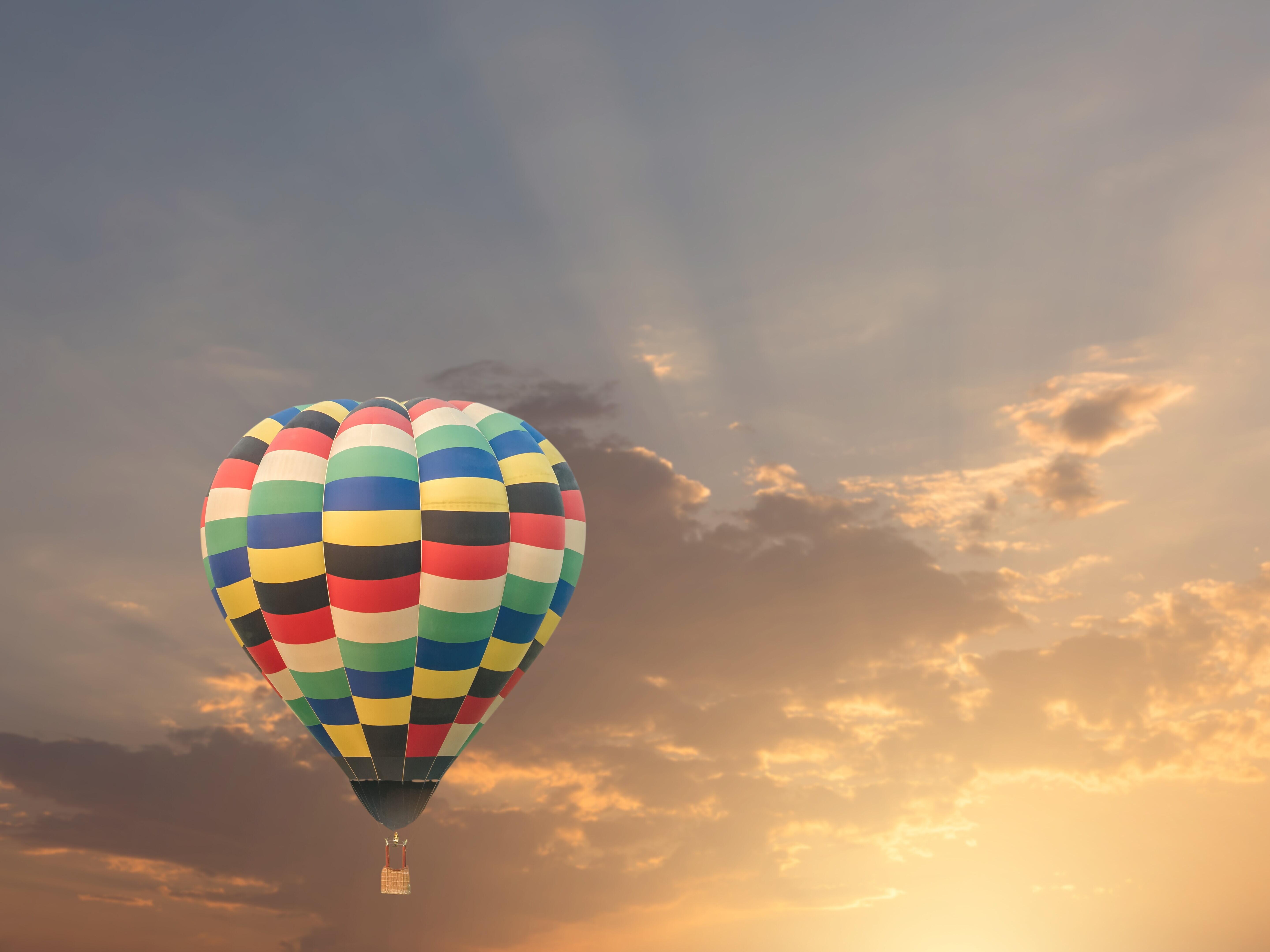 Romantiškas skrydis oro balionu TIK dviese