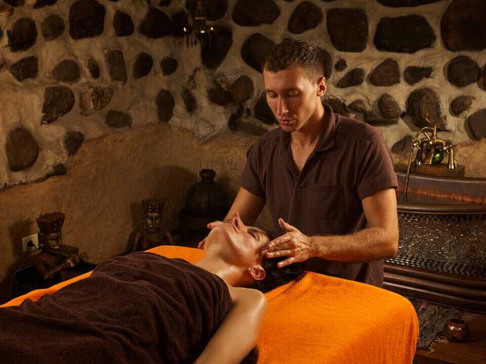 Veido ir kaklo masažo kursai