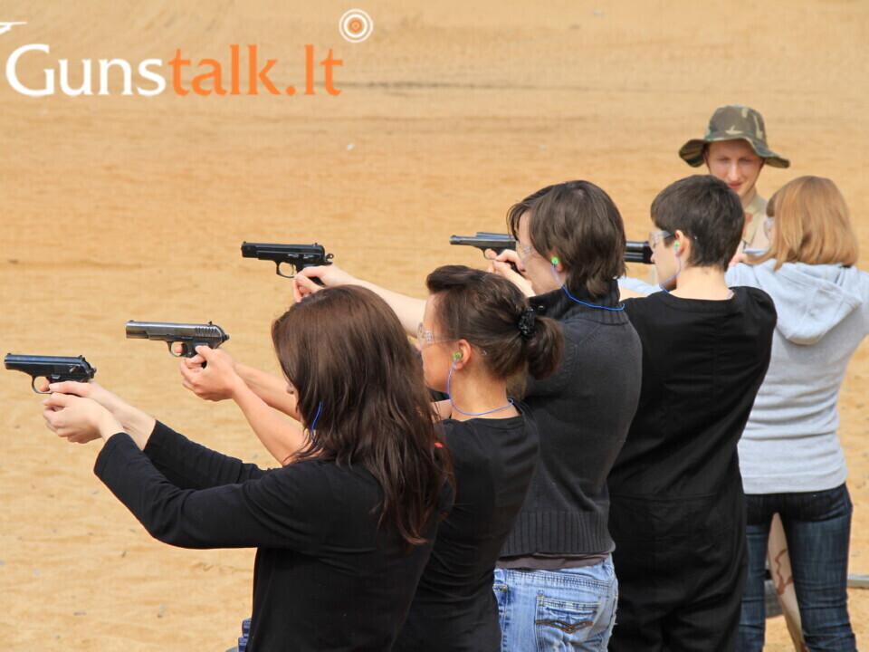 Pramoginis-pažintinis kulkinis šaudymas lauko šaudykloje