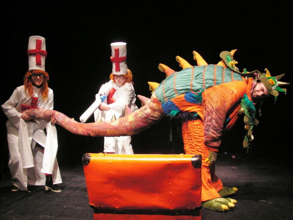Teatro pamokėlės Raganiukės teatre