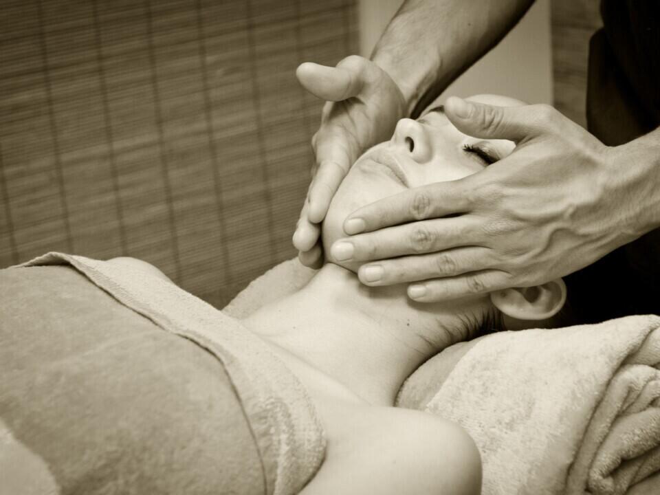 Galvos ir veido masažas