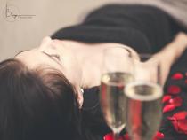 Šampano pilingo kompleksas veidui