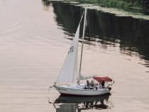 Plaukimas jachta Kauno mariomis