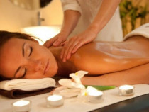 Atpalaiduojantis nugaros ir rankų masažas