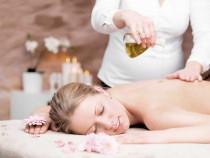 Harmonizuojantis – ajurvedinis viso kūno masažas
