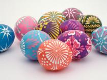 Velykinių kiaušinių dekoravimo vašku pamoka