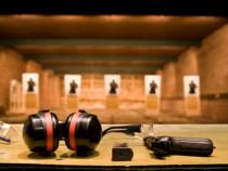 Šaudymas iš kovinių ginklų dviems